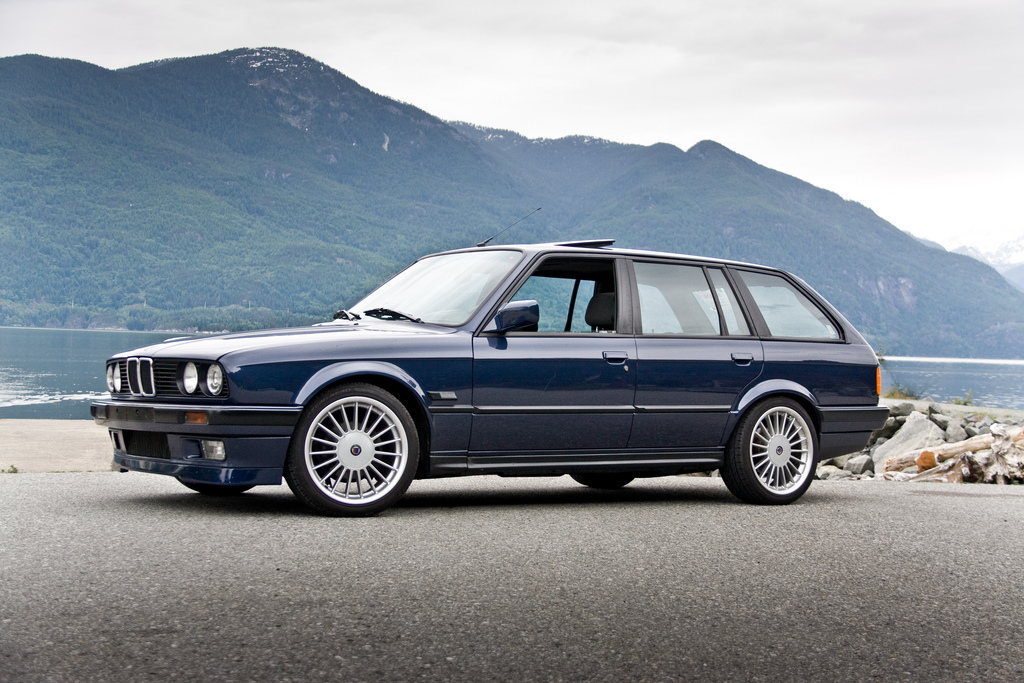i 39 ve always wanted an e30 touring it 39 s only a matter of. Black Bedroom Furniture Sets. Home Design Ideas