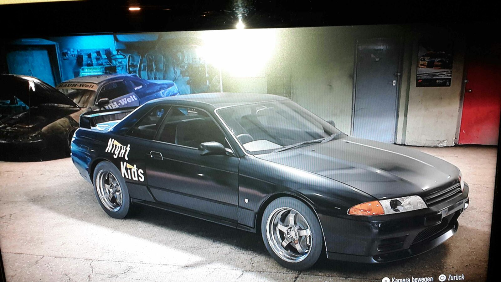 Nakazatos R32 With Real Night Kids Sticker And The Same