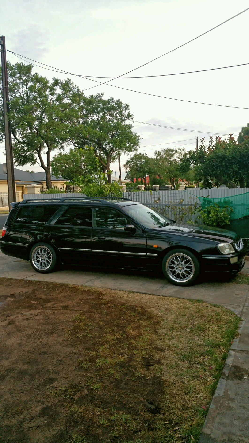 2000 nissan stagea rs four s for Garage nissan terville 57
