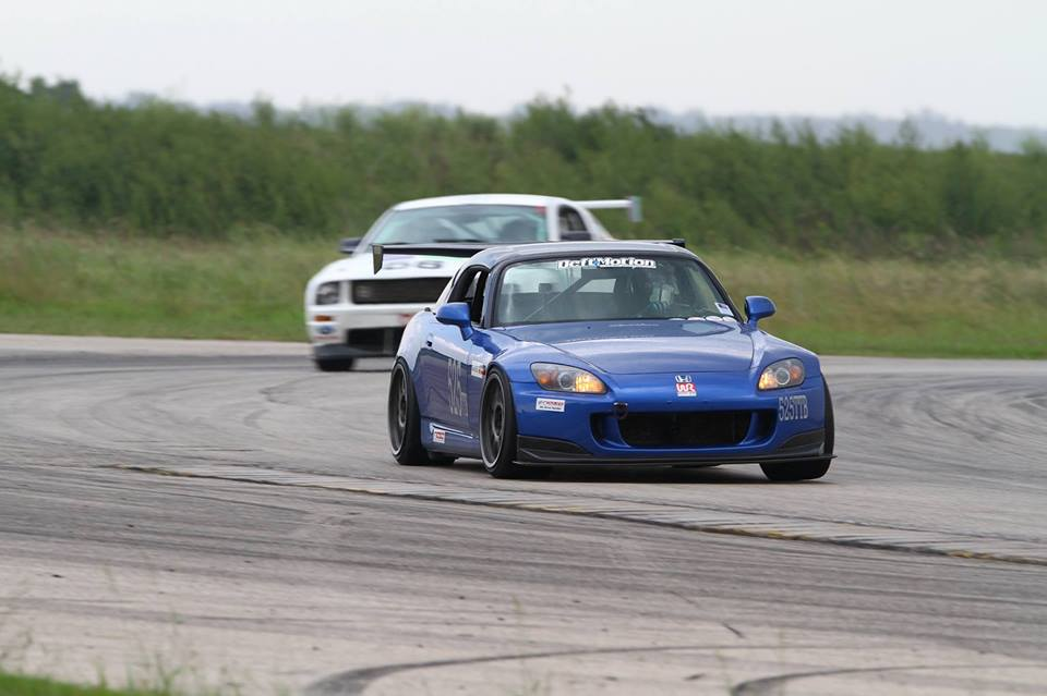 Deft Motion On Car Throttle