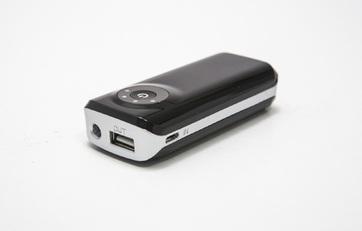 Power Bank Carregador portátil c/ 2 baterias internas  3000 mAh  E22