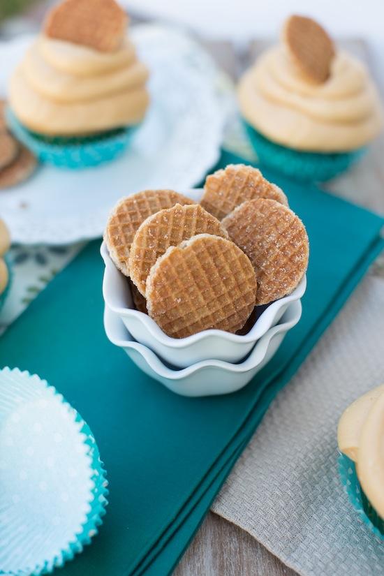 Stroopwafel Caramel Cupcakes-1