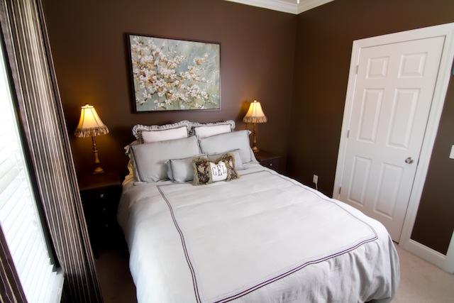 Guest Bedroom-4094