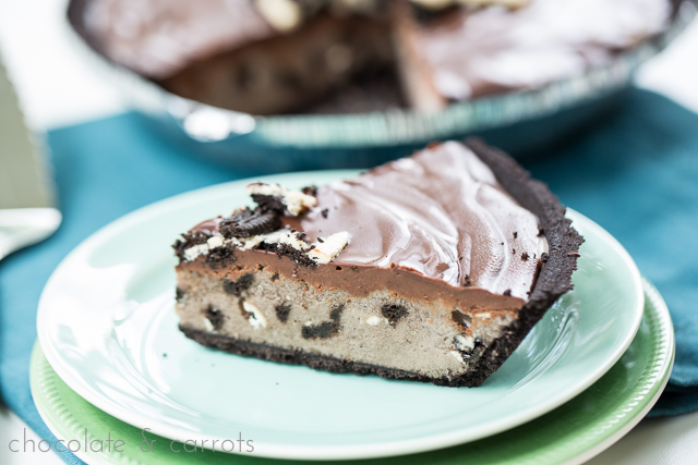 Cookies and Ice Cream Pie | chocolateandcarrots.com