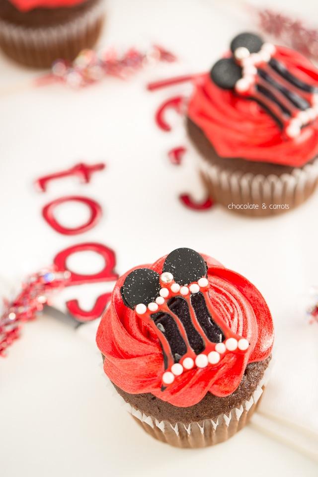 Bachelorette Pary Cupcakes | chocolateandcarrots.com-3671