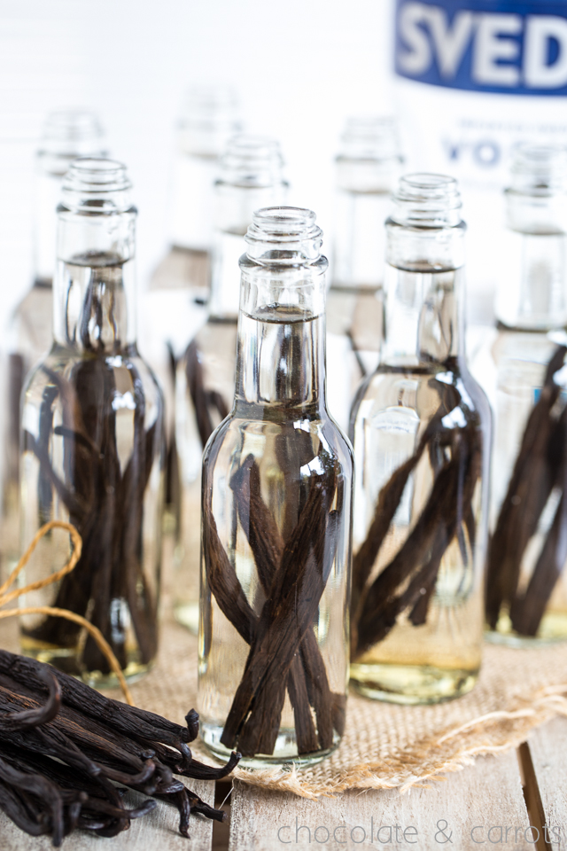 Homemade Vanilla Extract -3231
