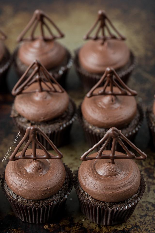 Healthier Triple Chocolate Cupcakes | chocolateandcarrots.com