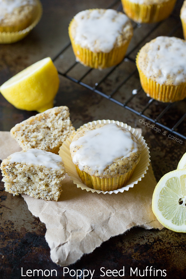 Lemon Poppy Seed Muffins | chocolateandcarrots.com