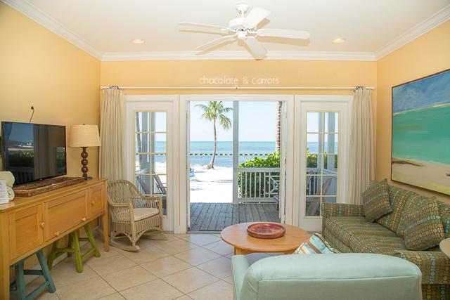 Tranquility Bay Beach Resort Living Room | chocolateandcarrots.com