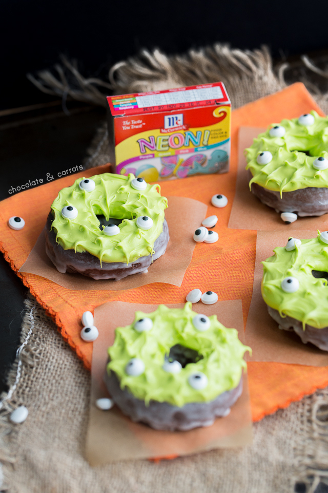 Monster Donuts | chocolateandcarrots.com #halloween #eyes #spooky