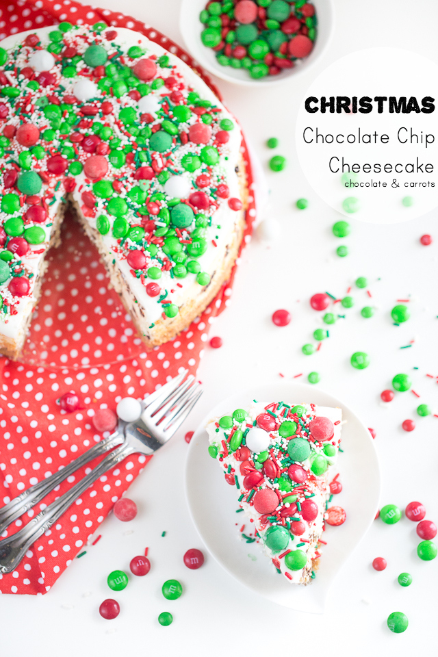 Christmas Chocolate Chip Cheesecake | chocolateandcarrots.com