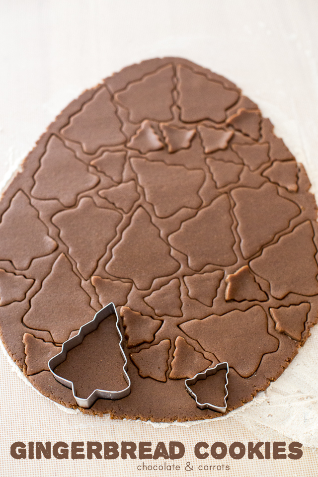 Gingerbread Cookies | chocolateandcarrots.com