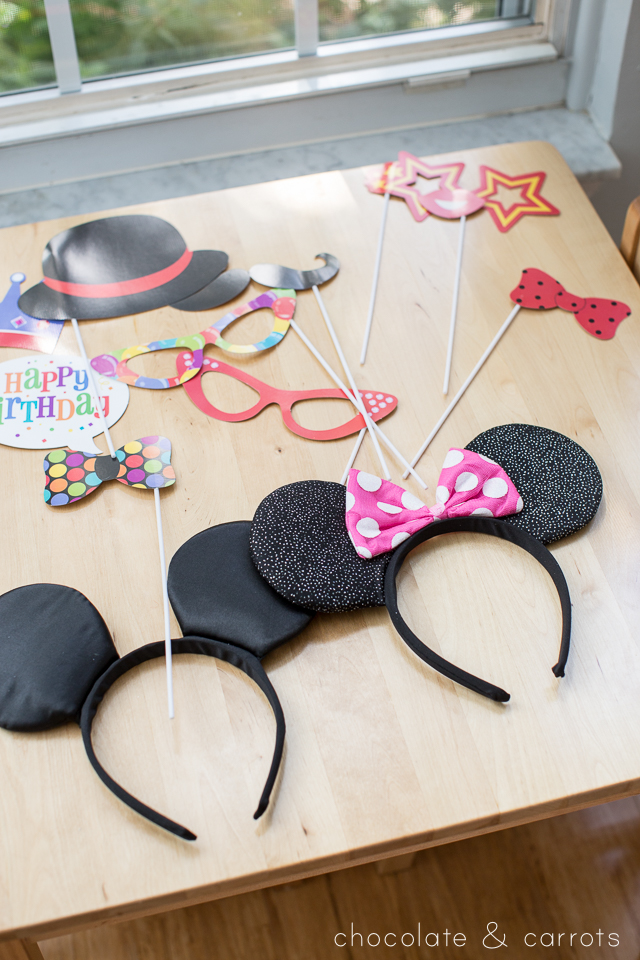 Mickey Mouse Party | chocolateandcarrots.com
