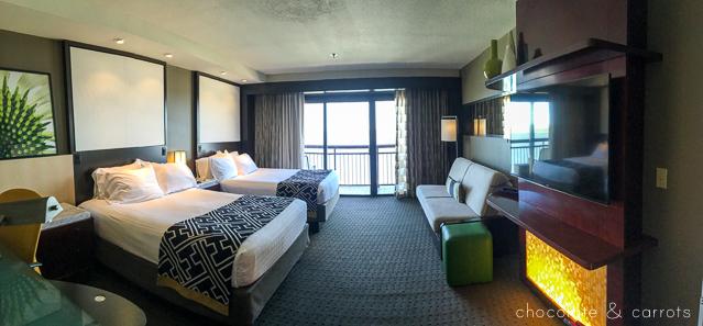 Disney's Contemporary Resort #review   chocolateandcarrots.com