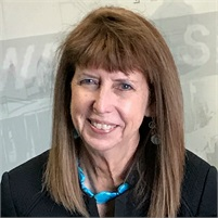 Linda  Titus