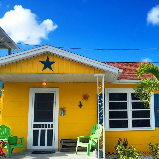 You can enjoy the colors of #KeyWest right in the #Burg's backyard. Plan a #staycation at one of @sunsetinnti cottages. #weekend #ilovetheburg #INSTABURG #colors #florida #beachlife #summer #paradise #vspc #liveamplified #treasureisland #beach #sunsetbeach #postcard #dogfriendly
