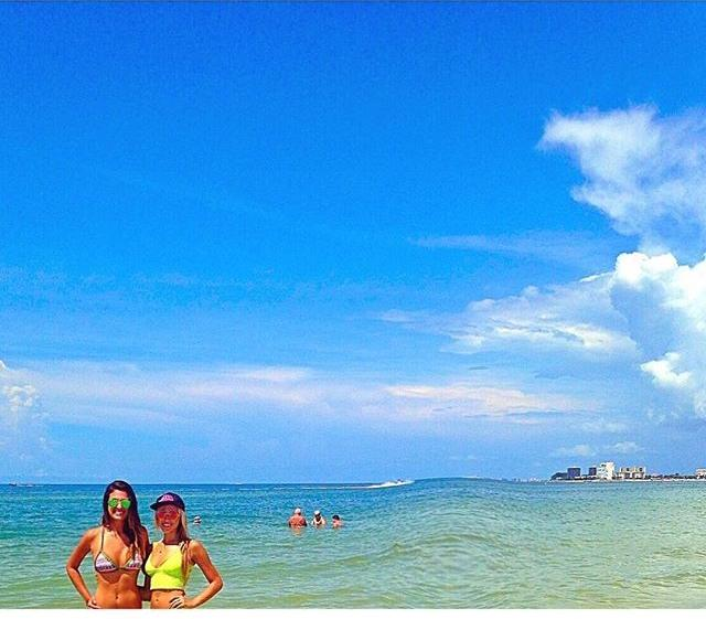 this beach though 🌊❥❥ #stpetebeach #myfavorite #bestfriend #loveyew #sundaysareforbeachdays #pretty #thegulf