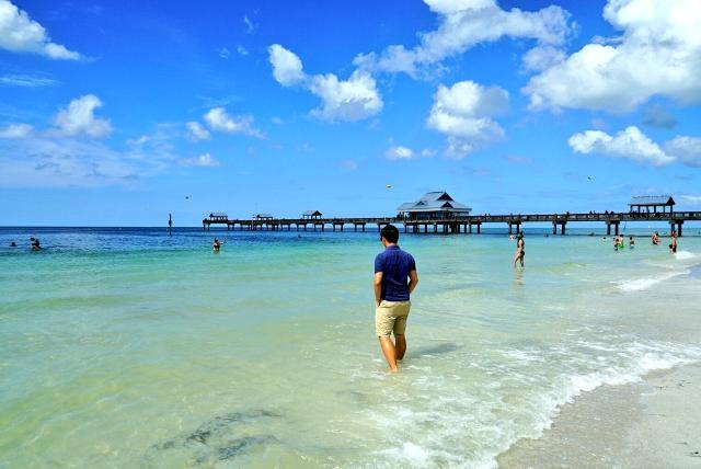 Beautiful Warm Saturday afternoon here at Clearwater Beach, Florida. About 100 miles west of Orlando. #Tampa https://t.co/VoxXOxVhjb