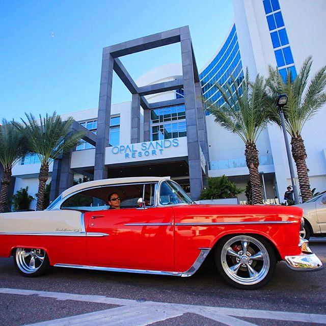 Classic meets modern on Clearwater Beach!  #LiveAMPlified #cleargram #opalsandsresort #ClearwaterBeach #LoveFL #classiccar @opalsandsresort