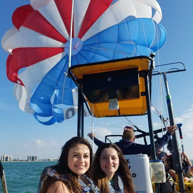 1st time para sailing! #nofearofheights #1000feethigh #clearwaterbeach