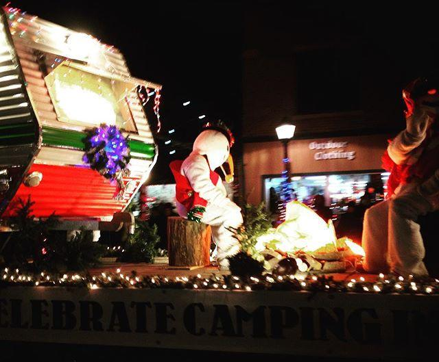 Classic Camper Plus A Snowman? Parade Perfect! At The Estes Park Holiday  Parade