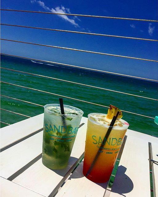 I wish I was drinking mojitos with @nolaj_ for #mojitomonday 🍹🍸🌴 ⚓️ ⚓️ ⚓️#beach #ocean #sea #clearwaterbeach #florida #blue #mojito #drinks #travel #adventure #latergram #wanderlust #wander #explore #coastal #beachlife #islandlife #sun #water #sand #sky #monday #colors #beautifulplace #warm #5oclocksomewhere #pier
