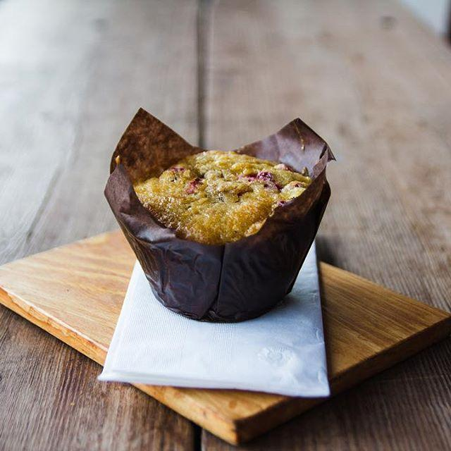 Happy Friday! • How about a Cranberry Orange Muffin to start your weekend off?   #blackcrowbakes #blackcrowcoffee