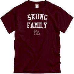 Skiing family