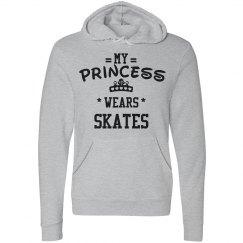 My princess wears skates