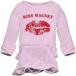 Kiss magnet