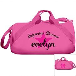 Evelyn. Superstar dancer