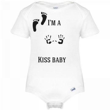 Kiss baby