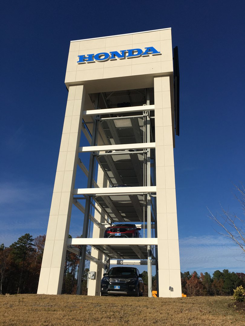 Steve_Padgett_Honda_car_tower.jpg