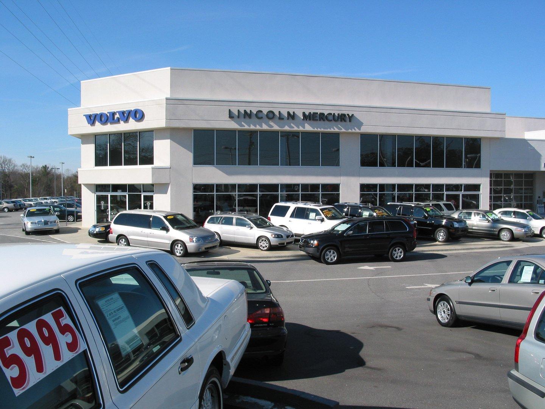 Paramount Motors Lincoln Mercury