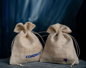 "Jute Bags Hand-embroidered ""Congrats"" and ""Flower"" (pack of 2)"