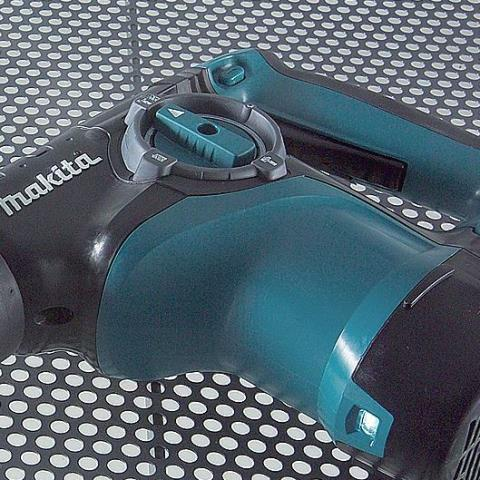 Перфоратор Makita HR2811FT_1