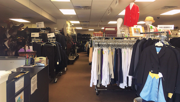 Wellington's On Course Consignment Marks Tenth Year as