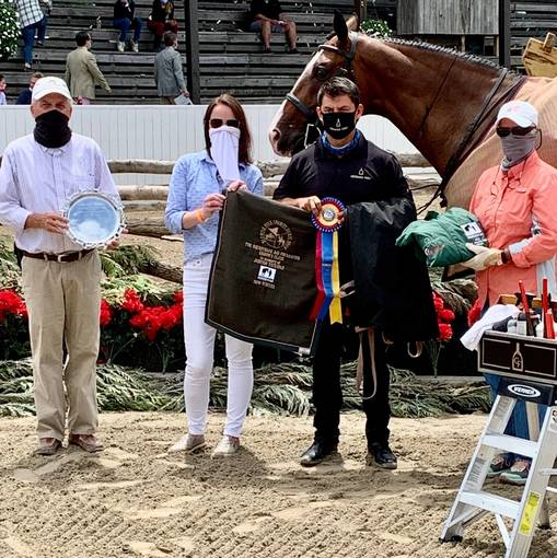 Ramirez and Viva Mas Shine in 8th Annual EAF Grooms Class at Blowing Rock Charity Horse Show