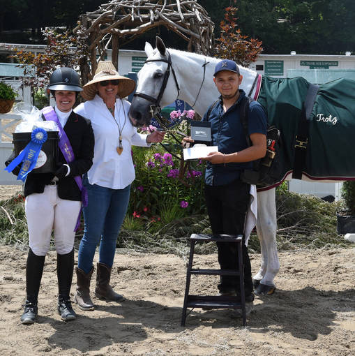 First Time's a Charm forDaniel Castillo in $4,000 EAF Grooms Class at Blowing Rock Charity Horse Show