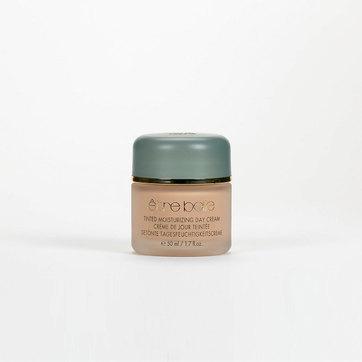 Ref. 3111 - Tinted Moisturizing Cream Creme hidratante de efeito bronzeado para peles delicadas