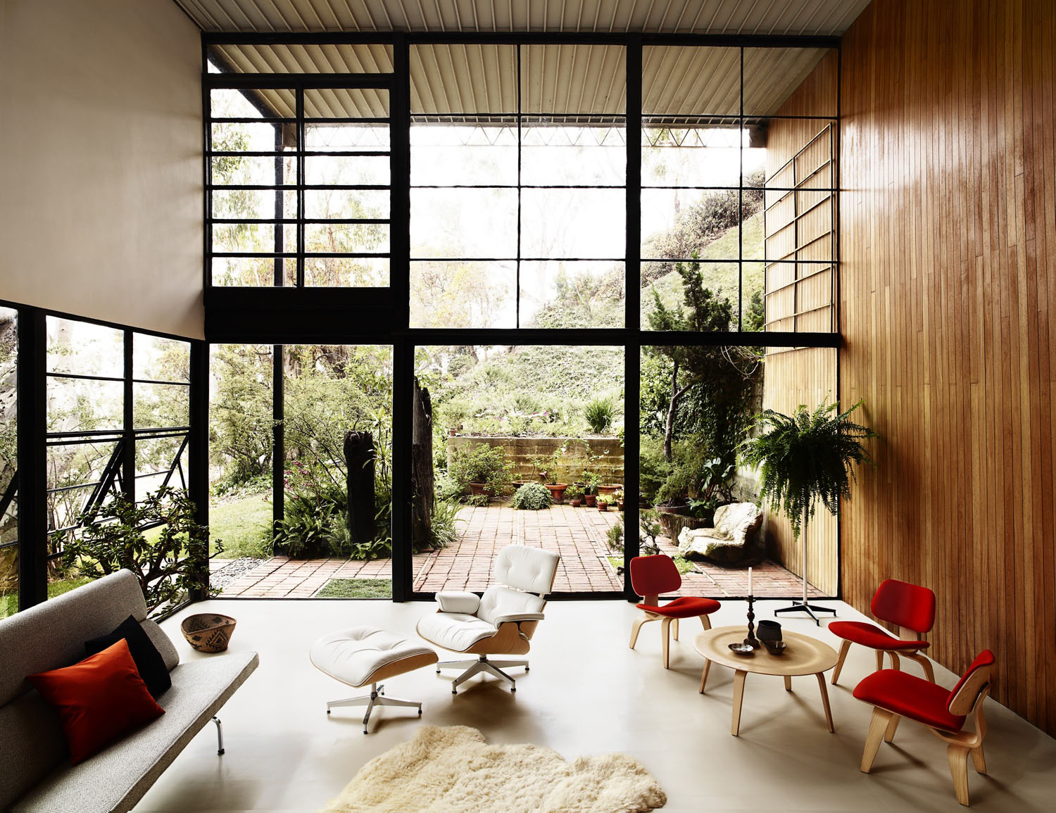 WOW: Charles and Ray Eames