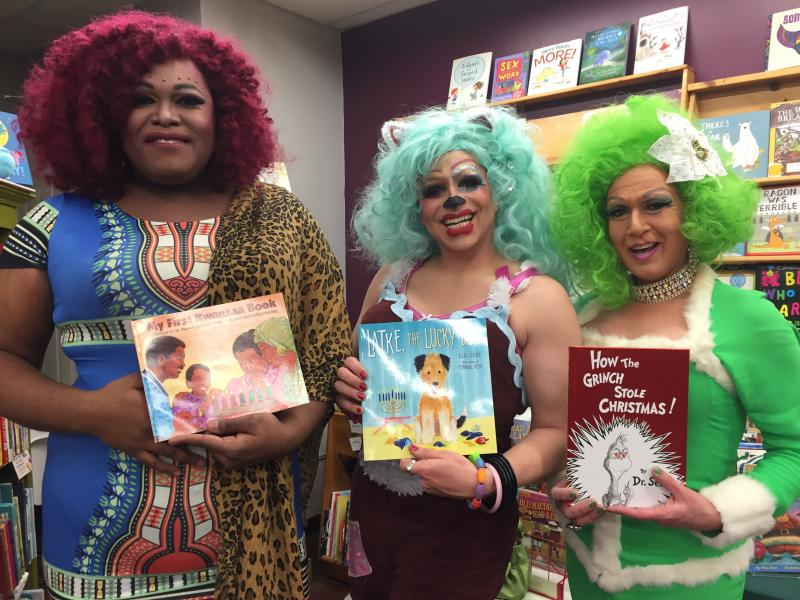 Drag queens with picture books