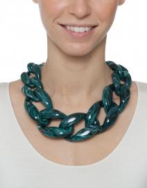 Nate Marbled Dark Green Link Necklace