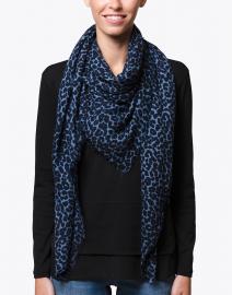 Scrigno Blue Leopard Printed Wool Scarf