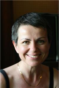 Julia Darovskaya -cover image
