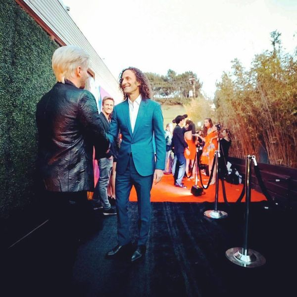 Cris Gunther meeting Kenny G at ISINA Global Gala Event