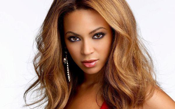 Beyonce Brings Back Destiny's Child