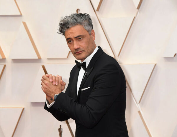 Taika Waititi takes home a Grammy!