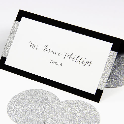 DIY glitter layered wedding place cards. Print templates and instructions in post