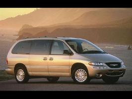 1998 Chrysler Town and Country LX